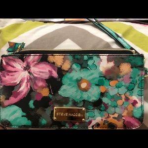 Steve Madden floral wallet